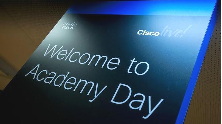 academy pubblico